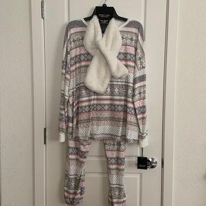 Vera Wang Pajama Set 3 Piece